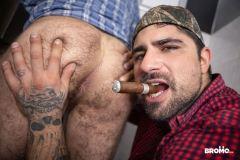 Sexy-hairy-muscle-stud-Markus-Kage-tight-man-hole-bare-fucked-Ryan-Bones-huge-dick-Men-022-gay-porn-pics