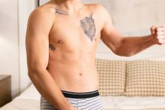 Hot-new-top-stud-Dustin-Rhodes-huge-thick-bare-dick-raw-fuck-muscle-dude-Brysen-hot-asshole-Sean-Cody-004-gay-porn-pics